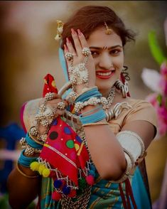Beautiful Girl Photo, Beautiful Girl Image, New Girl Photo, Indian Photoshoot, Saree Photoshoot, Beautiful Girl Facebook, Love Wallpapers Romantic, Pink Background Images, Baby Girl Images