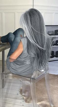 Pretty long silver hair Emerald Forest shampoo with Sapayul for healthy beautiful hair Sulfate free shampoo shop at Long Silver Hair, Long Gray Hair, Blue Grey Hair, Silver Ombre, Gray Hair Colors, Grey Hair Over 50, Gray Ombre, Ash Grey, Natural Hair Styles