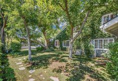 View property details for 4553 Reseda Boulevard, Tarzana, CA. 4553 Reseda Boulevard is a Single Family property with 5 bedrooms and 5 baths sold for $1,539,500. MLS# SR15124824.