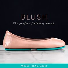 Blush Tieks—Discover a feminine neutral inspired by a softly rouged cheek and the beautiful smile that accompanies it. Tieks Ballet Flats, Chanel Ballet Flats, Tieks By Gavrieli, Bleach Tie Dye, Do It Yourself Fashion, Beautiful Smile, Chain Shoulder Bag, Mode Outfits, Chanel Black