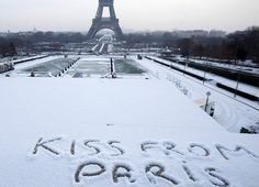 "Eiffel tower in the snow 3 - ""Kiss from Paris"" Paris France, I Love Paris, Paris City, Tour Eiffel, Paris Eiffel Tower, Image Paris, Tuileries Paris, Beautiful Paris, Ile De France"