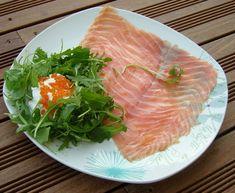 Saumon fumé et sa garniture acidulée - Art de Vivre Smoked Salmon with sweet sour garnish Fish, Meat, Smoked Salmon, Mango, Cooker Recipes