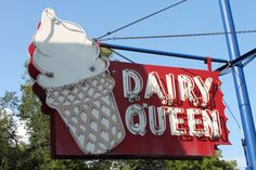 This DQ in Penn Hills, PA has a unique cone sign. It is one of at least a few classic DQs left around the Pittsburgh area. Penn Hills, Vintage Restaurant, Dairy Queen, Retro Images, School Signs, Old Signs, Vintage Advertisements, Childhood Memories, Vintage Photos