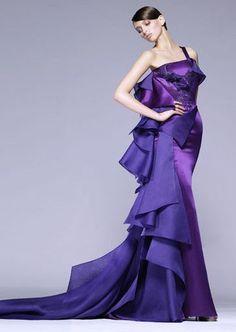 Anne Hathaway's Oscar Dresses