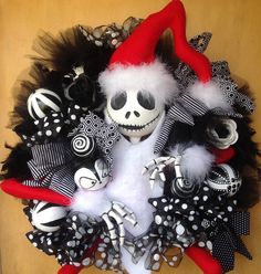 Nightmare Before Christmas Wreath #jackskellington #nightmarebeforechristmas #christmaswreath #handmade #christmasdecoration