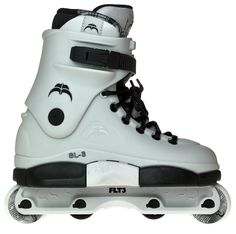 Xsjado Avant III aggressive skates complete setup