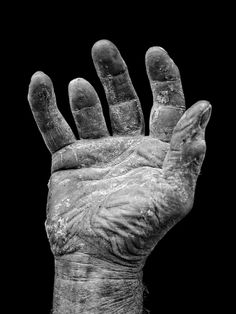A Show of Hands: Photographer Tim Booth captures raw and honest side through hand portraits Dark Art Photography, Texture Photography, Photography Projects, People Photography, What Is A Photograph, Tim Booth, Show Of Hands, Hand Art, Drawings