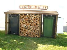 If you have a family you need to build a backyard shed roof that's safe for children. Put a child in a yard along with a mysterious shed, and you can do the math Firewood Shed, Firewood Storage, Storage Bins, Devon, Bin Store Garden, Bin Shed, Log Store, Outside Storage, House Front