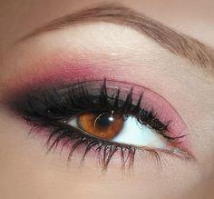 Colorful Smoky Eye http://www.makeupbee.com/look.php?look_id=55989