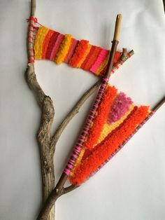 46 Ideas House Projects Diy Money For 2019 Art Fibres Textiles, Textile Fiber Art, Weaving Textiles, Weaving Art, Tapestry Weaving, Loom Weaving, Hand Weaving, Yarn Bombing, Guerilla Knitting