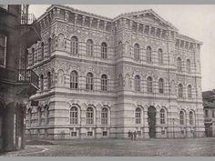 Vyšší dívčí škola ve Vodičkově - Proměny Old Pictures, Prague, Czech Republic, Louvre, Building, Travel, Historia, Antique Photos, Viajes