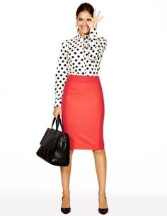 bright orange Pencil skirt with black and white polka dot blouse, love Boden outfits! Coral Skirt Outfits, Orange Skirt Outfit, Pencil Skirt Outfits, Winter Skirt Outfit, Orange Pencil Skirts, Red Pencil, Work Attire, Work Outfits, Office Attire