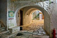 Apiranthos village, Naxos,  Cyclades, Greece (by Hercules Milas)