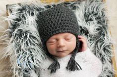 PATTERN Striped Owl Hat size newborn to adult baby door swellamy