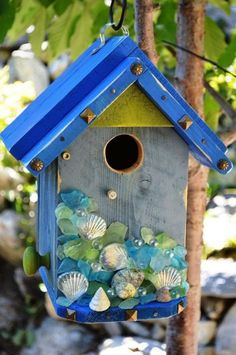 How cute is this diy birdhouse paint your own little birds and designs to match your garden - Cool themed houses ...