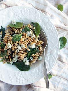 Spinach and Blue Cheese Pasta | Havocinthekitchen.com