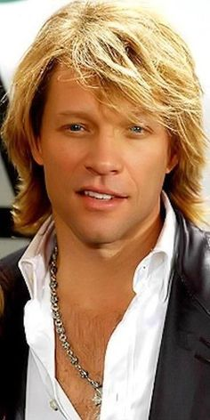 <3 Jon Bon Jovi and then there are the men that no matter how much they age they just get even better looking.