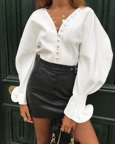 Fashion Pure Colour V Neck Bishop Sleeve blouses for women chic blouses for women casual blouses outfit cute blouses blouses for women work business casual Shirts & Tops, Shirt Blouses, Crop Blouse, Blouse Dress, Trend Fashion, Womens Fashion, Modern Fashion, Urban Fashion, Hijab Fashion
