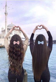 كيرلي او ستريت ؟ Curly or straight ?  @seegetwear for more  Via : Instagram ,Credit : @thegstwins  #hairstyle #hair #curly #style #كيرلي #ستايل #تسريحات #beauty Twin Outfits, Ferrero Rocher, Girly Pictures, Kpop Fashion Outfits, Profile Pics, Weave Hairstyles, Hair Care, Twins, Celebrity