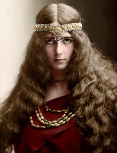 Cleo de Merode - 1894 -  Wikipedia  Coloured by History in Colour