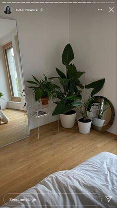 Room Ideas Bedroom, Bedroom Decor, Room Ideias, Minimalist Room, Aesthetic Room Decor, Dream Rooms, My New Room, House Rooms, Home Decor
