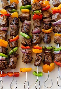 Be the talk of the town at your next BBQ with these colorful steak kebabs! #recipe via @hollylofthouse