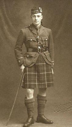 Vintage Photograph Seaforth Highlander of Canada ~ First World War Wilhelm Ii, Kaiser Wilhelm, British Army Uniform, British Uniforms, Canadian Army, Canadian History, Military Photos, Military History, Military Style
