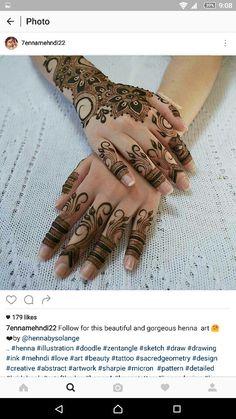 Henna art Pretty Henna Designs, Hena Designs, Henna Art Designs, Mehandi Designs, Mehndi Tattoo, Henna Mehndi, Hand Henna, Arabic Henna, Mehendi