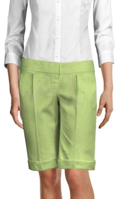 Design your Custom Made to Measure womens dress pants at Sumissura. High waist or normal, Pleated, slim fit or wide-leg, wool or linen pants. Cropped Tank Top, Crop Tank, Dress Pants, Shirt Dress, Cuffed Pants, Linen Pants, Cotton Shorts, Suits For Women, Black Stripes