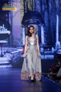 Saadia Mirza's-collection-at-bridal-couture-week-1