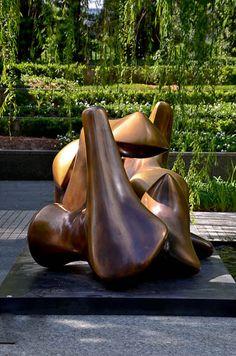 Nasher Sculpture Center- Henry Moore | Dallas Public Gardens – Overview | http://leeanntorrans.com