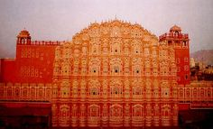 Hawa Mahal (aka Palace of the Winds) Jaipur (1799).