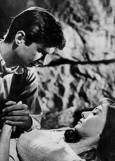 "Anthony Perkins y Audrey Hepburn en ""Mansiones Verdes"" (Green Mansions), 1959"