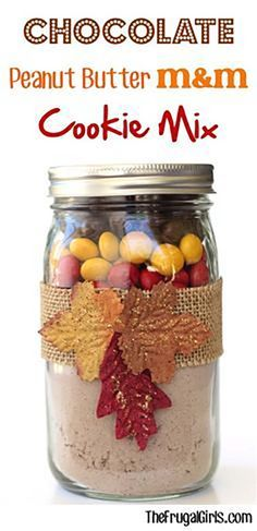 Chocolate Peanut Butter M&M Cookie Mix | Fall-Inspired Mason Cookie Jar Recipes, see more at at 10-fall-inspired-mason-jar-cookie-recipes
