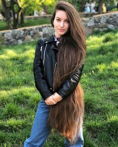 A straight Italian Guy, Lover of Long, Silky Hair. Beautiful Long Hair, Gorgeous Hair, Really Long Hair, Long Brown Hair, Hot Girls, Braids For Long Hair, Straight Hairstyles, Funky Hairstyles, Formal Hairstyles