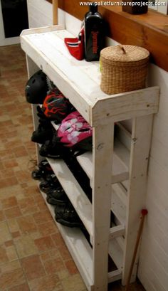Pallet Wood Made Shoe Racks