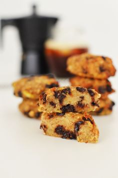 Cookies με μπανάνα και σοκολάτα   Cool Artisan Cookies, Biscuits, Healthy Living, Sweets, Sugar, Desserts, Recipes, Food, Gastronomia