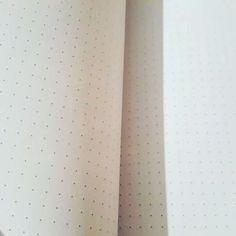 Notes w kropki do #bulletjournal w @czytampl za 18zł  Narcissus Gee Mosaic Bunny made in Poland  #bujo #notes #kalendarz #zeszyt #kropki #dots #notebook #calendar #czytampl #kakaludek #poznan #poznań #polska #poland #narcissus #sztukarodzinna