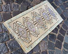 Turkish rug Vintage rug Handmade rug Oushak rug by DRNRUGS Boho Decor, Bohemian Rug, Entryway Rug, Geometric Rug, Hand Knotted Rugs, Small Rugs, Oriental Rug, Handmade Rugs, Wool Rug