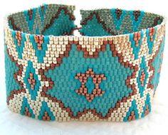 Flor de cactus Peyote Cuff Bracelet 2291 por SandFibers en Etsy