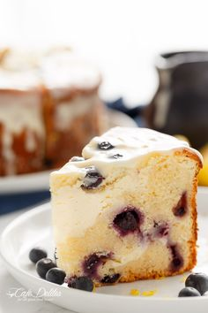 No Bake Blueberry Cheesecake The Gunny Sack. No Bake Blueberry Cheesecake Pie The Merrythought. Blueberry Cake, Blueberry Recipes, Lemon Cheesecake, Cheesecake Recipes, Fluffy Cheesecake, Köstliche Desserts, Dessert Recipes, Huckleberry Recipes, Huckleberry Cheesecake