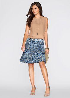 Karen LimaFull Name: Karen LimaNationality: BrazilianHair color: BrownEye color: BrownDate of birth:Place of birth:Height: 176 cmMeasurements: (US) (EU) size: (US) (EU) size: (US) (EU) Agencies: MGM Models-Gemany, Ming Management Brazil, Names Runway . Sequin Skirt, Runway, Skirts, Model, Lima, Color, Fashion, Cat Walk, Moda