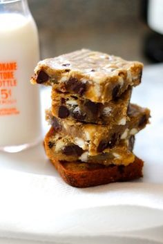 Blondies are a particular weakness of ours... anyone else, too?