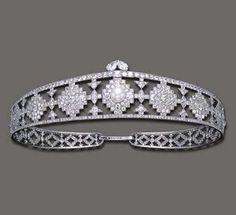 Cartier Art Deco Diamond Bandeau, circa 1924.