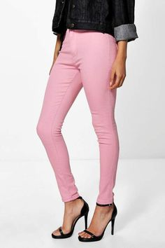 "boohoo Petite Luci High Rise Tube Jean  boohoo PETITE.Serving up the same statement styles in scaled down sizes, boohoo Petite is your port of call for perfectly proportioned pieces designed to fit women of 5'3""/1.60m and under."