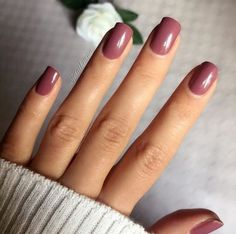 The 20 Trendiest Fall Nail Colors Fall Nails Inspiration - Nagel, Nagel desing Popular Nail Colors, Fall Nail Colors, Nail Polish Colors, Warm Colors, Fall Nail Polish, Gel Polish, Winter Colors, Nail Colors For Summer, Mauve Nail Polish