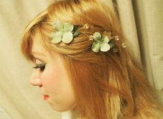 birds and fresia green hydrangea hair pins