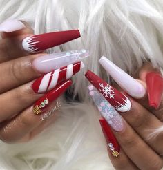 Most Beautiful and Attractive Red Christmas Nails 2019 Red Acrylic Nails, Halloween Acrylic Nails, Summer Acrylic Nails, Simple Acrylic Nails, Christmas Acrylic Nails, Dark Nail Designs, Cute Acrylic Nail Designs, Square Nail Designs, Christmas Nails 2019