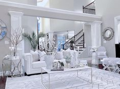 [New] The 10 Best Home Decor (with Pictures) - What do you think of an all white space? Classic Living Room, Living Room White, Living Room Decor, Decor Interior Design, Interior Decorating, Living Room Designs, Living Spaces, Living Room Inspiration, House Design