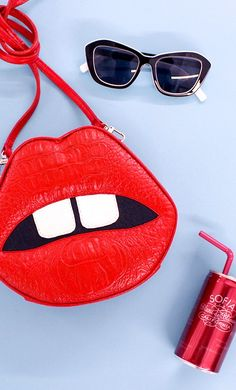 Nasty Gal lip purse